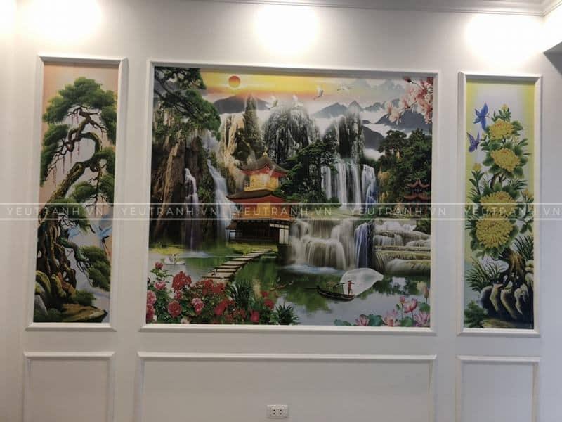 In tranh dán tường tại nhà anh Hưng ở Long Biên, Hà Nội